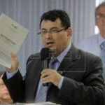 Candidatos presidenciales salvadoreños se comprometen a campaña sin violencia