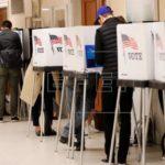 La mitad de EE.UU. cierra las urnas en los comicios de medio mandato