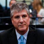 """""""Hay presos políticos"""", dice exvicepresidente argentino tras salir de prisión"""