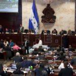 Parlamento hondureño amplía nuevamente plazo de comisión depuradora policial