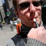 EE.UU. advierte de uso creciente de cigarrillos electrónicos entre jóvenes