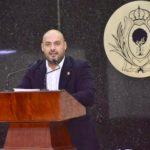 Positivo incentivar derecho de los jóvenes de estudiar y trabajar: Iván Gurrola