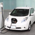 Crece número de búsquedas en línea de autos híbridos y eléctricos