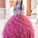 Jimena Urquides Sifuentes celebró sus XV años