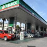 Gobierno mexicano atribuye alza de precios a márgenes de gasolineras