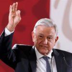 """López Obrador pide a las autoridades mexicanas que """"se levanten temprano"""""""