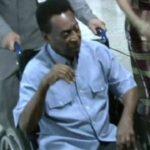 Pelé, operado con éxito de un cálculo renal